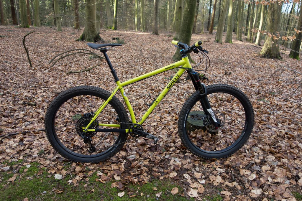 Mal was anderes: Surly Karate Monkey 27+ mit 140mm Federweg